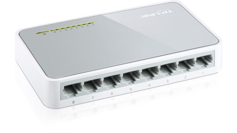 Switch de retea TP-LINK cu 8 porturi 10/100Mbps